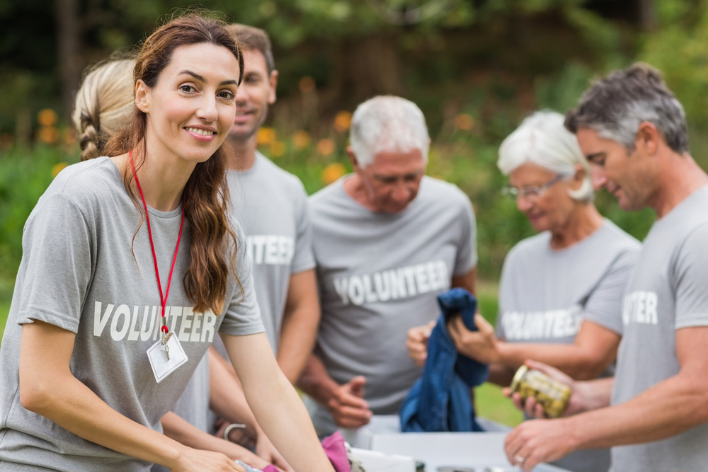 valontry worke One of the better-known benefits of volunteering is the impact on the community unpaid volunteers are often the glue that holds a community together.